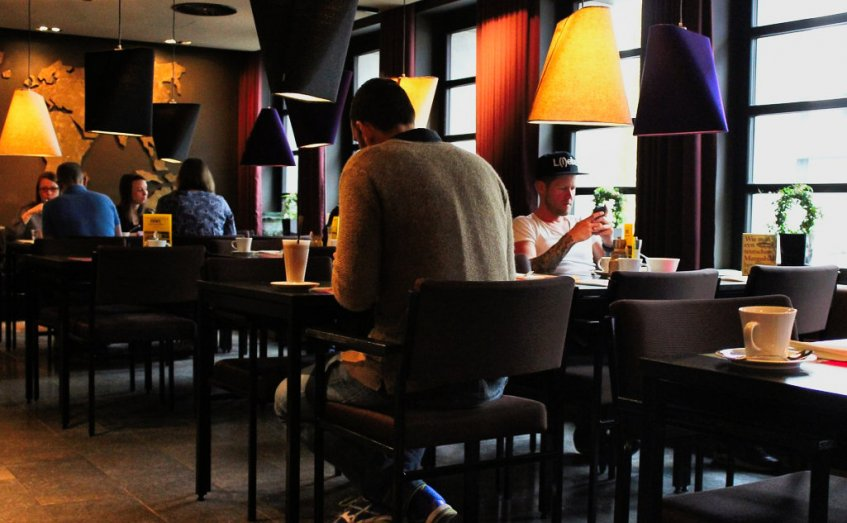 Das Lifestylehotel 25hours Hotel The Goldman In Frankfurt Ostend